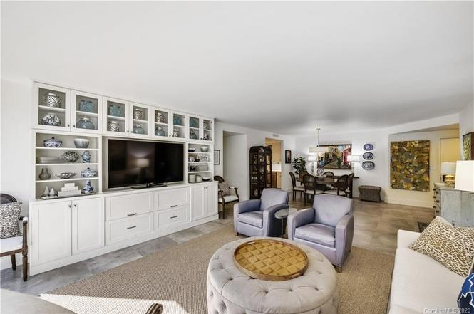 2222 Selwyn Ave #404 living and dining