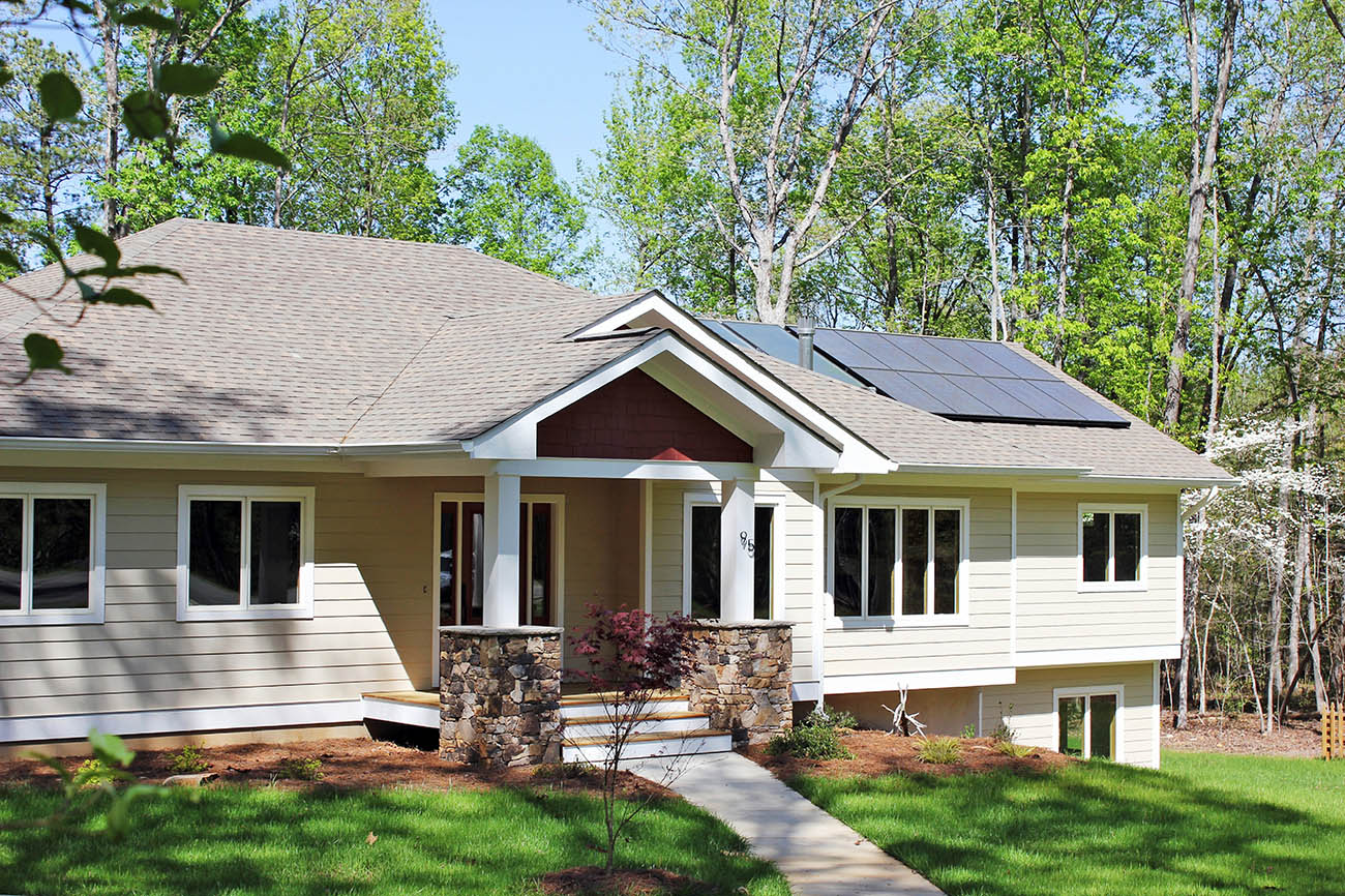 Demand for solar panels surges in North Carolina